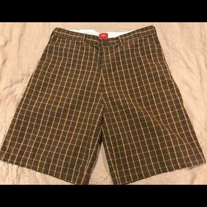 Mossimo plaid shorts, Adult Large (36)